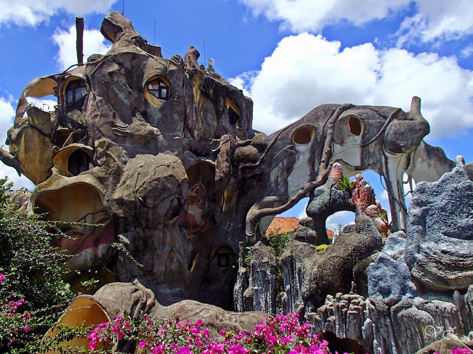 Hang Nga 'Crazy House,' – unusual hotel