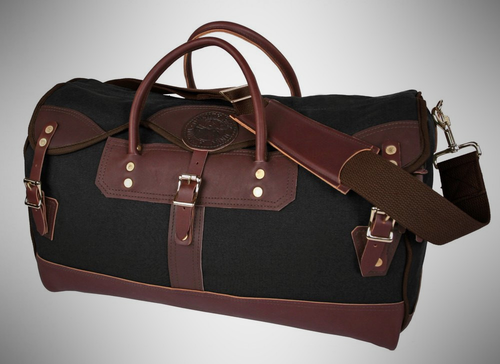Duluth Medium Sportsman's Duffel – weekender bag for men