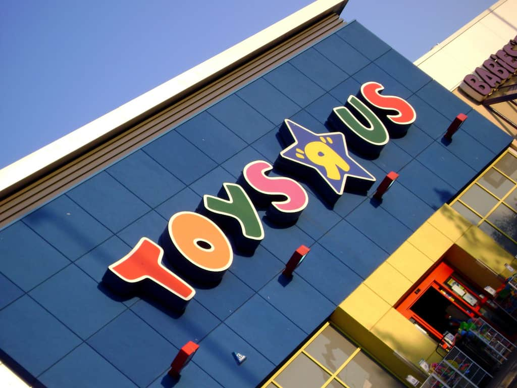 """Toys""""R""""Us – famous brand fact"""