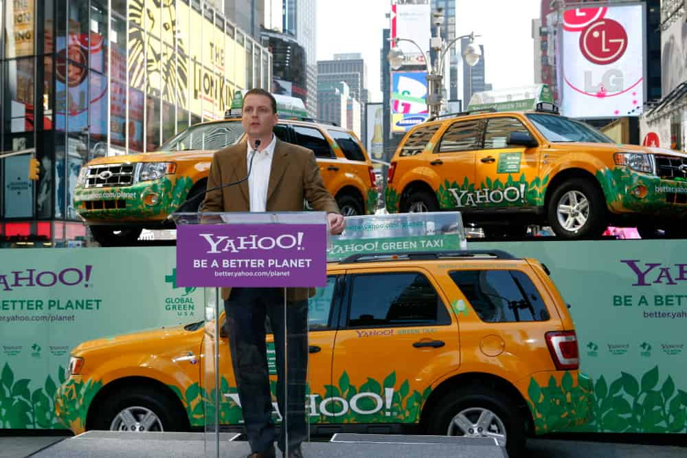 Yahoo David and Jerry's Guide to the World Wide Web – famous brand fact